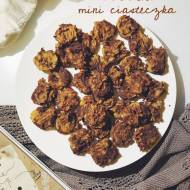 Kakaowo-orzechowe ciasteczka z ciecierzycy