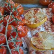 Łosoś z pieca z pomidorkami