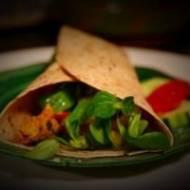 Tortilla z kurczakiem z czerwonym curry