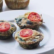 Jajeczne muffiny ze szpinakiem