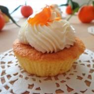 Migdałowe muffiny z mandarynkami, bez glutenu i masła (Muffin con mandorle e mandarini, senza glutine e burro)