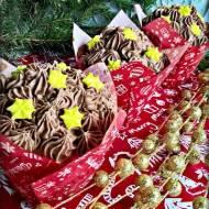Babeczki chałwowe z czekoladowym musem
