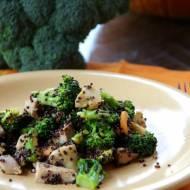 Komosa ryżowa z indykiem i brokułem