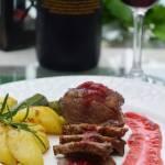 Pierś z gęsi marynowana w czerwonym winie