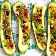 Dietetyczne cukinie faszerowane warzywami