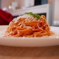 Spaghetti w sosie pomidorowym z mascarpone