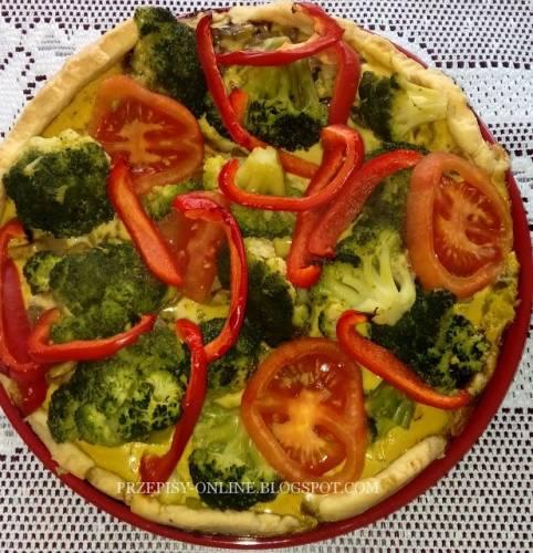 Tarta z pieczarkami, brokułami i papryką