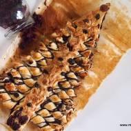 Choinka makowa z ciasta francuskiego