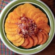 persymona, owoc kaki z cebulą