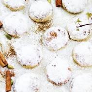Śnieżne kule – świąteczne ciasteczka