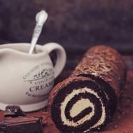 Rolada czekoladowa z kremem waniliowym