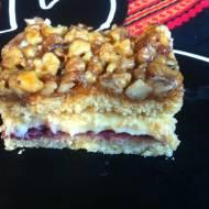 Ciasto miodowe z orzechami, kremową masą i powidłami (Orzechowiec czy też Miodownik)