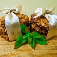 Pełnoziarniste owsiane ciasteczka z orzechami