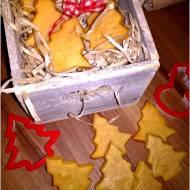 Świąteczne kruche ciasteczka z cynamonową nutą