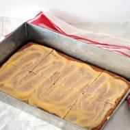 Korzenne Ciasto z Kremem Zabajonym