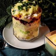 Wastwowa sałatka śledziowa z quinoą i domowym majonezem