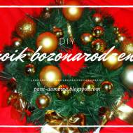 Stroik świąteczny na drzwi DIY