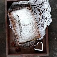 Ciasto piernikowe z budyniem z białej czekolady, szybkie