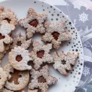 Świąteczne ciasteczka z konfiturą w dwóch wydaniach (bez cukru)