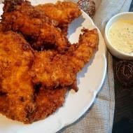 Chrupiące nuggetsy z kurczaka – smażone