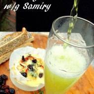 Serowe sylwestrowe Fondue z żórawianą, czosnkiem, tymiankiem i chili - Zapiekany ser Langres