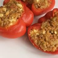 Papryka z kaszą gryczaną i warzywami