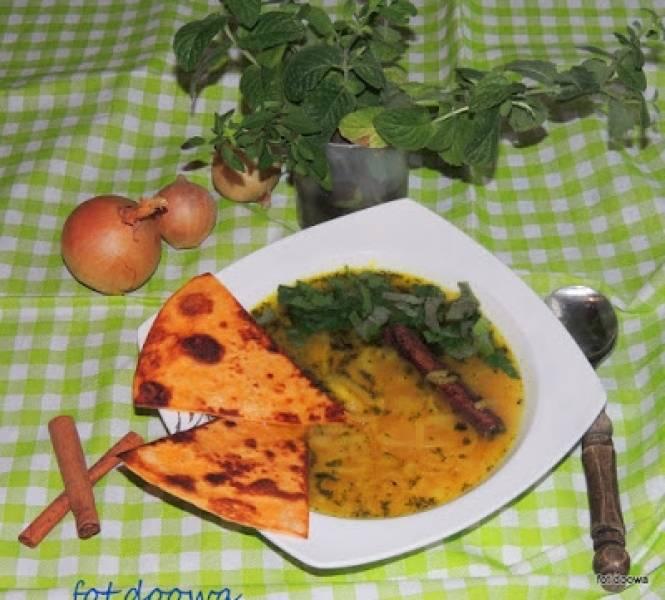 Irańska zupa cebulowa