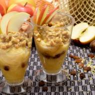 Deser jaglany z jabłkami