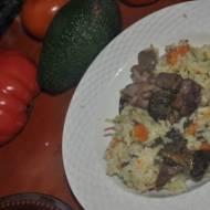 pyszne risotto z warzywami i leśnymi grzybami