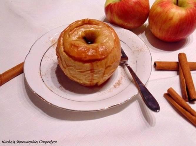 Jabłka pieczone z miodem i jeżynami