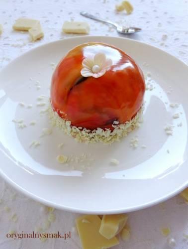 Mini serniczki na zimno z musem z mango i lustrzaną polewą