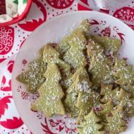 Kruche zielone choinki z migdałami (bez sztucznych barwników i cukru)