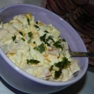 Sałatka z szynki i ananasa