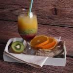 Owocowy drinki z kiwi
