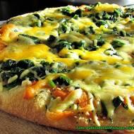 Jak łatwiej zetrzeć na tarce miękki żółty ser.