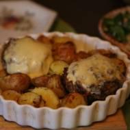 Pieczarki faszerowane, pomysł na obiad bez mięsa