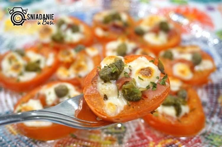 Pomidory pieczone z kaparami