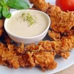 CHRUPIĄCE  STRIPSY  Z KURCZAKA  JAK  KFC, z sosem curry   +  FILMIK