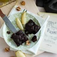 Brownies bez mąki z gruszkami i orzechami