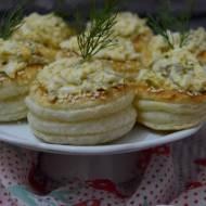 Francuskie babeczki z pastą jajeczną