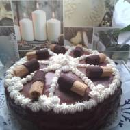 Błyskawiczny piątek - Tort czekoladowy z wafelkami