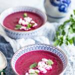 Zupa kem z pieczonych buraków
