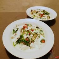 Tajska zupa kokosowa z kurczaka Tom Kha Gai