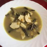 Dietetyczna zupa curry z kurczakiem
