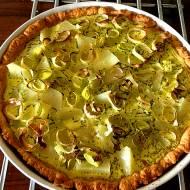 Tarta wegetariańska z porem i ziemniakami na cieście bezglutenowym