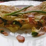 Omlet z szynką i szczypiorkiem