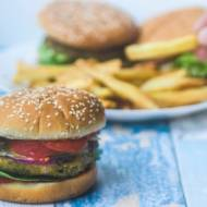 Wegańskie burgery z ciecierzycy