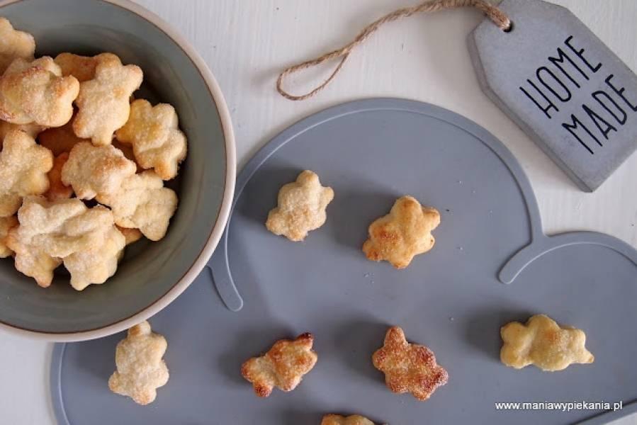 Ciasteczka trzyskładnikowe (twaróg, mąka i masło)
