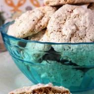 Bezowe ciasteczka orzechowo-owsiane