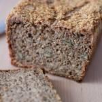 Razowy chleb na zakwasie żytnim z mąką jaglaną i ryżową